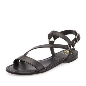 $168 Frye Ricky Ring Leather Flat Sandal, Black 8